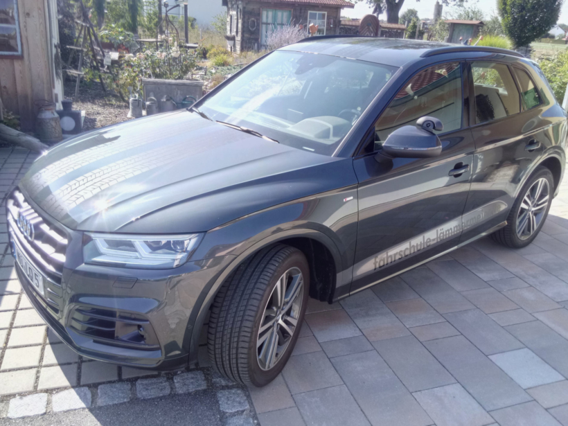 Audi Q5 der Fahrschule Horend-Lämmermeier