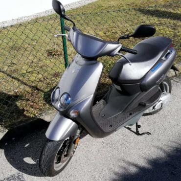 Yamaha Neo's der Fahrschule Horend-Lämmermeier